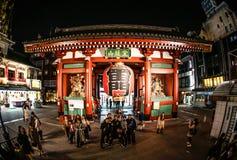 Noite Kaminarimon fotos de stock