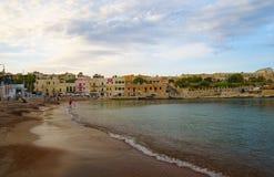 Noite na praia, ilha de Malta Fotos de Stock Royalty Free