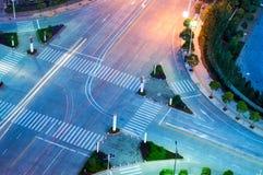Noite nas estradas transversaas Fotos de Stock