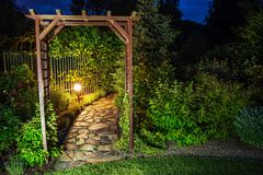 Noite no jardim fotografia de stock