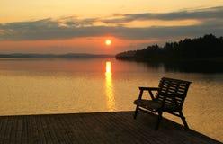 Noite no lago. Finlandia Fotos de Stock Royalty Free