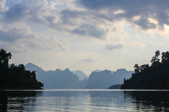 Noite no lago Lan de Cweo Imagem de Stock