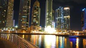 Noite no porto de Dubai imagem de stock royalty free