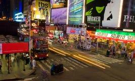 Noite no Times Square fotografia de stock