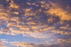 A noite nubla-se a vista do avião Foto de Stock