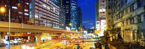 Noite ocupada do centro do tráfego de Hong Kong Fotos de Stock Royalty Free