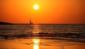 Noite quente do verão no mar Fotografia de Stock Royalty Free