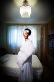 Noiva bonita em seu quarto foto de stock royalty free
