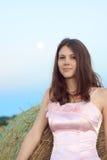 Noiva bonita no por do sol Imagens de Stock