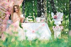 Noiva com um ramalhete Fotos de Stock