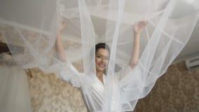Noiva com véu vídeos de arquivo