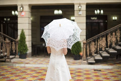 Noiva e detalhe do vestido de casamento Fotos de Stock