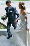 Noiva e noivo novos Fotografia de Stock Royalty Free