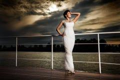 Noiva glamoroso. imagens de stock royalty free