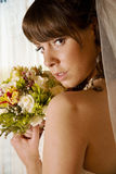 Noiva na frente de um indicador Foto de Stock