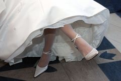 Noiva no vestido de casamento branco Imagem de Stock Royalty Free