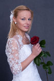 Noiva nova no vestido de casamento Foto de Stock