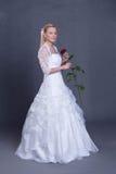 Noiva nova no vestido de casamento Imagens de Stock