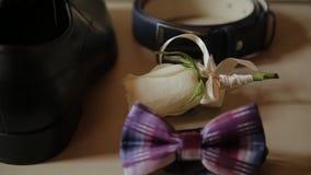 Noivo ajustado do casamento, os acessórios dos homens para o casamento filme