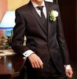 Noivo com vestido preto Imagem de Stock Royalty Free