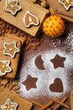 Noix d'ââfrom et biscuits de pain d'épice effectués par vue Image stock