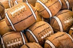 Noix de coco peintes comme icônes de football américain Photo libre de droits