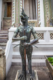 Nok Tantima Vogelstandbeeld in Groot Paleis, Bangkok Stock Foto's