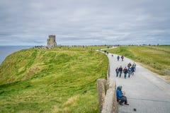 Nolla-`-Briens torn på klipporna av Moher Royaltyfria Foton