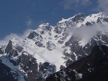 Nollpunkt Sikkim, var civilistvägen avslutar till himmel, Sikkim IN Royaltyfria Foton