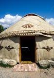 Nomadische yurts tijdens zomer royalty-vrije stock foto