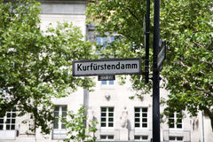 Nombre de la calle de Kudamm- Imagenes de archivo