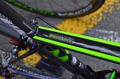 Nombre del ` s de Nairo Quintana en su bici de la raza foto de archivo