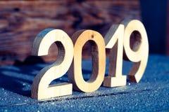 Nombre en bois 2019 sur le fond en bois Bonne année 2019 photo stock