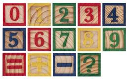 Nombres colorés en bois Photos libres de droits
