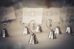 Nombres de la huésped de la tarjeta en blanco por ejemplo en restaurante Imagen de archivo