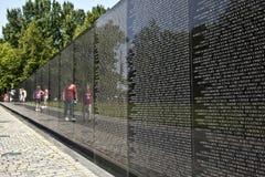 Nombres de las muertes de la guerra de Vietnam encendido Fotografía de archivo