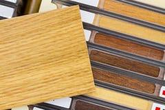 Nombres de madera y muestra Fotos de archivo libres de regalías