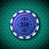 Nominal de la ficha de póker, doscientos cincuenta, en fondo del símbolo de la tarjeta Foto de archivo libre de regalías