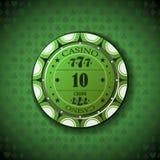 Nominal diez de la ficha de póker, en fondo del símbolo de la tarjeta Fotografía de archivo