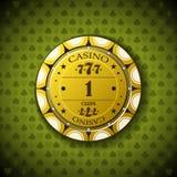 Nominal uno de la ficha de póker, en fondo del símbolo de la tarjeta Imagen de archivo libre de regalías