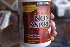 Non asprin. KASTRUP/COPENHAGEN /Denmark-   6 January 2014 _Non asprin pain reliever and fever reducer tablets             (Photo by Francis Joseph Dean/ Royalty Free Stock Photography
