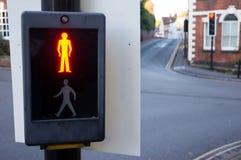 Non attraversi il segno con luce rossa sopra Fotografia Stock Libera da Diritti
