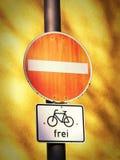 Non entri nel segnale stradale (2) Fotografia Stock Libera da Diritti