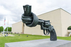 Non violence statue of the pistol Royalty Free Stock Photos