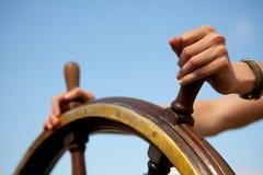 船舵船 免版税图库摄影
