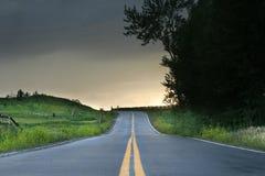 偏僻的高速公路 免版税库存图片