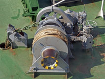 停住设备大增强的船 免版税库存图片