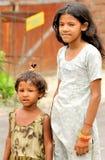 穷的女孩 免版税库存照片