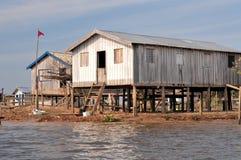 дом пущи Амазонкы типичный Стоковая Фотография