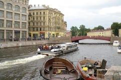 κόκκινο γεφυρών Στοκ Εικόνες